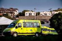 Governo do Estado entrega vãs para transporte de passageiros